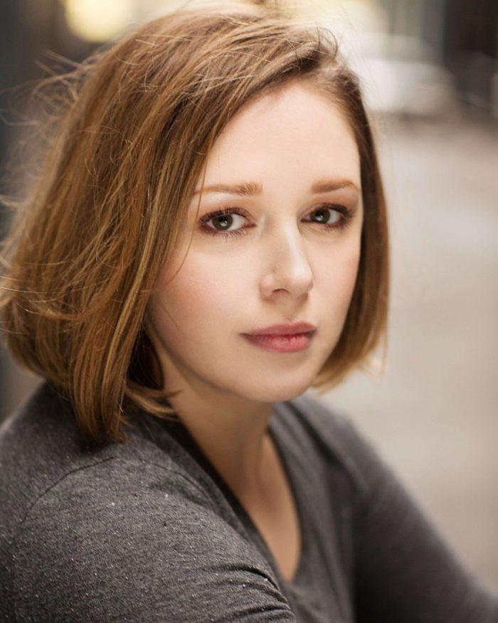 Lauren-Brumby-423035